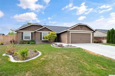 Pasco Single Family Home For Sale: 6216 Westport Lane