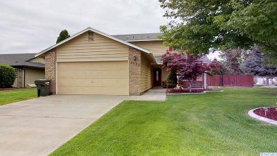 West Richland Single Family Home For Sale: 5122 W Killdeer Court