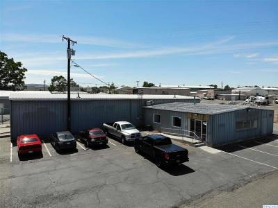 Kennewick Commercial For Sale: 325 W Deschutes