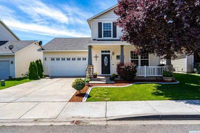 Pasco Single Family Home For Sale: 4620 Arabian Lane