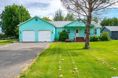 West Richland Single Family Home For Sale: 73552 N Pederson Rd