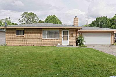 Kennewick Single Family Home For Sale: 1257 Neel Loop