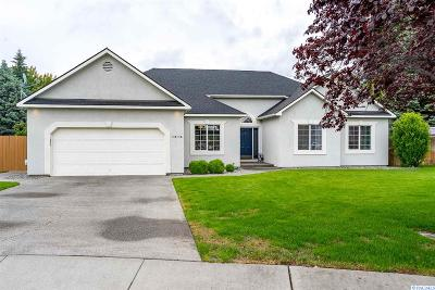 Richland WA Single Family Home For Sale: $325,000