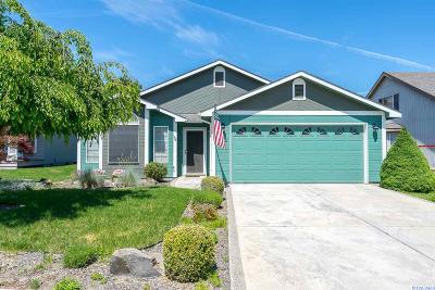 Kennewick Single Family Home For Sale: 8802 W Klamath Ave