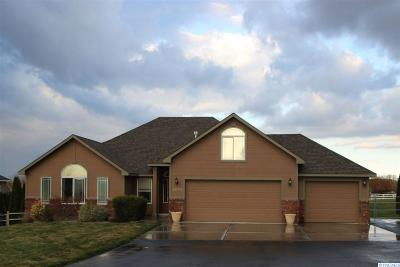 West Richland Single Family Home For Sale: 6004 Velonia Dr