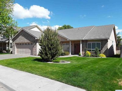 Kennewick Single Family Home For Sale: 2510 W 32nd