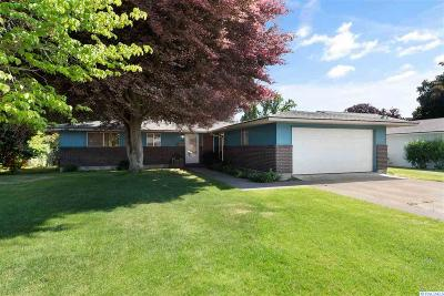 Richland Single Family Home For Sale: 525 Holly Street