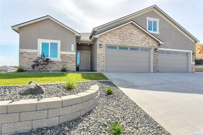 West Richland Single Family Home For Sale: 608 Troy Ave