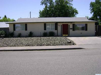 Kennewick Single Family Home For Sale: 22 E 6th Ave