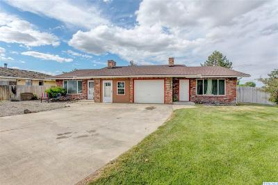 Kennewick Multi Family Home For Sale: 3602 W 15th Ave