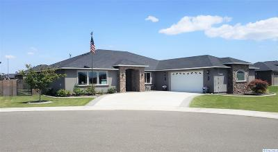 West Richland Single Family Home For Sale: 1327 Platinum Place