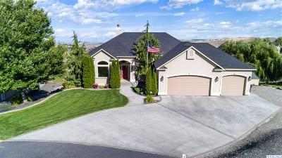 Kennewick Single Family Home For Sale: 15611 S Mountain Ridge Ct.