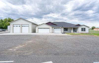 Benton County Single Family Home For Sale: 223108 E Perkins Rd.