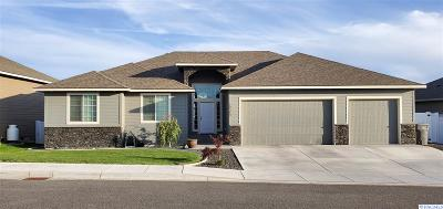 Kennewick Single Family Home For Sale: 10349 W 18th Pl