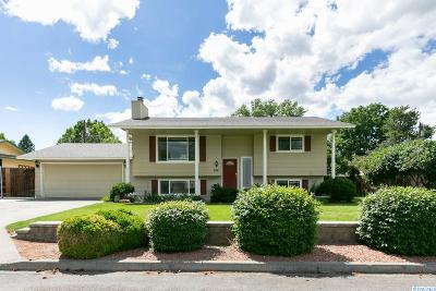 Kennewick Single Family Home For Sale: 504 S Cleveland