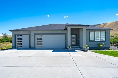 Benton City Single Family Home For Sale: 21723 N Webber Canyon Rd.