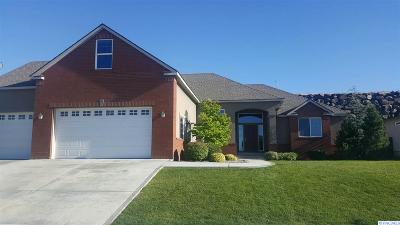 Kennewick Single Family Home For Sale: 3615 W 48th Ave.