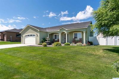 Pasco Single Family Home For Sale: 3510 Hovley Lane