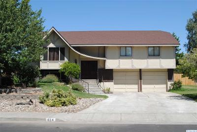 Richland Single Family Home For Sale: 614 Meadows Drive East