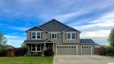 West Richland Single Family Home For Sale: 6007 Bluewood St