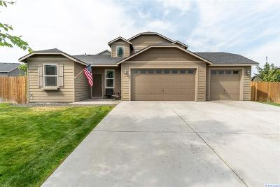 West Richland Single Family Home For Sale: 6018 Noble Ct