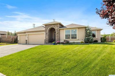 Kennewick Single Family Home For Sale: 8101 W 9th Avenue