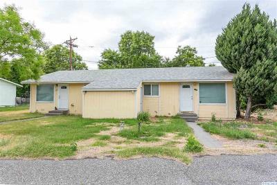 Richland Multi Family Home For Sale: 1121 Benham Court