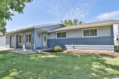 Kennewick Single Family Home Active U/C W/ Bump: 3404 S Garfield