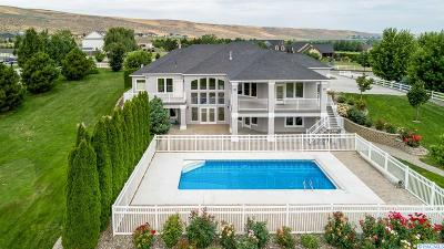 Kennewick Single Family Home For Sale: 28503 S 816 Prse
