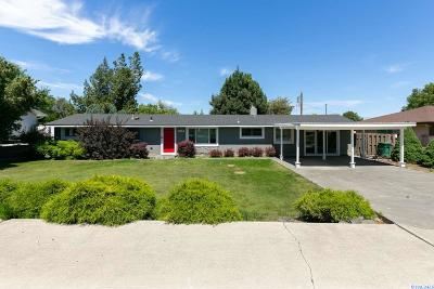 Kennewick Single Family Home For Sale: 1814 W 11th Ave