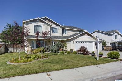 Pasco Single Family Home For Sale: 4329 Campolina Lane