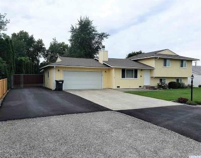 Pasco Single Family Home For Sale: 3504 W Pearl