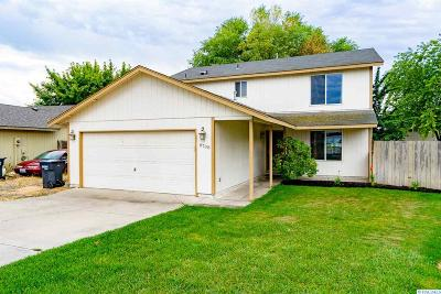 Pasco Single Family Home For Sale: 6708 Ruth Dr