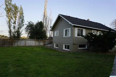 Burbank Single Family Home For Sale: 13 Birch St