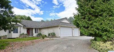 West Richland Single Family Home For Sale: 3510 Mt. Daniel Rd