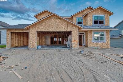Pasco Single Family Home For Sale: 5909 Grandin Lane