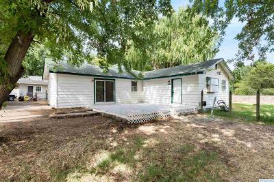 Benton City Single Family Home For Sale: 101 A Abby Avenue