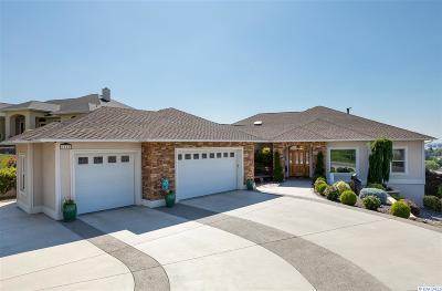 Prosser Single Family Home For Sale: 1215 Quarterhorse Trail