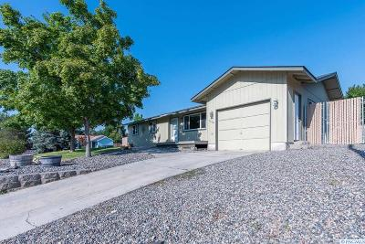 West Richland Single Family Home For Sale: 5310 Blue Heron Blvd.