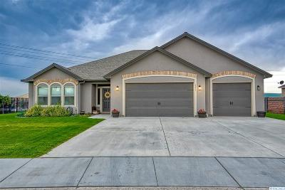 West Richland Single Family Home For Sale: 6615 Shale St