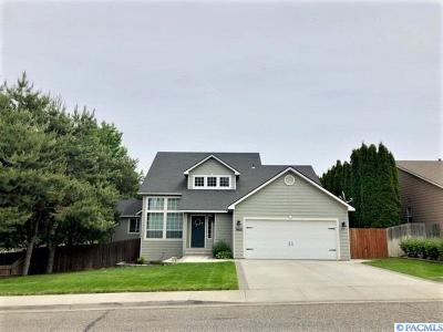 Richland WA Single Family Home For Sale: $370,000
