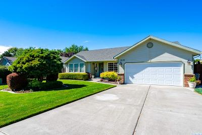 Benton County Single Family Home For Sale: 2102 W 37th Ave