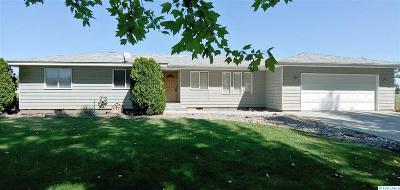 Prosser Single Family Home For Sale: 146402 W Buena Vista Rd
