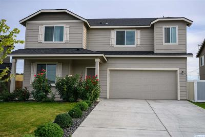 Kennewick Single Family Home For Sale: 9317 W 9th Place