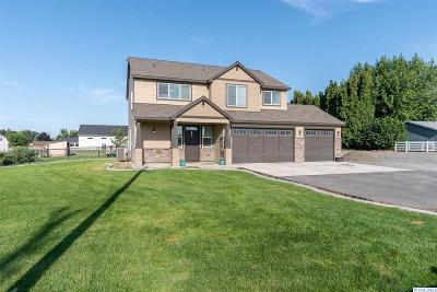 Burbank Single Family Home For Sale: 258 Gallant Rd