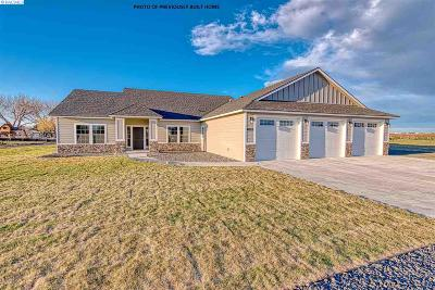 Pasco Single Family Home For Sale: Road 40