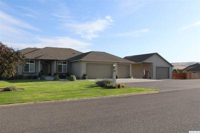 Kennewick Single Family Home For Sale: 98515 Canyon View Dr.
