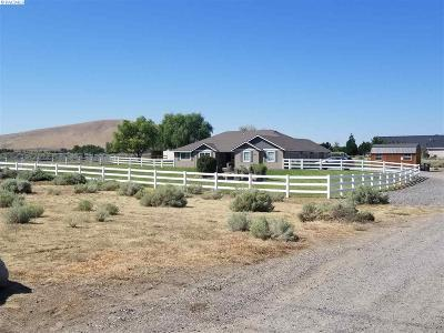 West Richland Single Family Home For Sale: 2421 S 38th Avenue