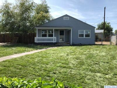 Richland Single Family Home For Sale: 1605 Thayer Drive