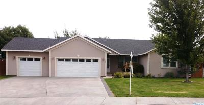 West Richland Single Family Home For Sale: 1302 S 45th Ave
